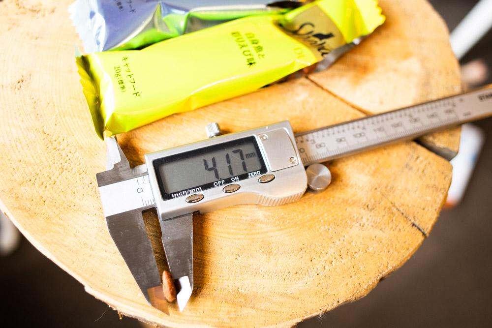 シーバDUO 贅沢シーフード味セレクションの厚み測定