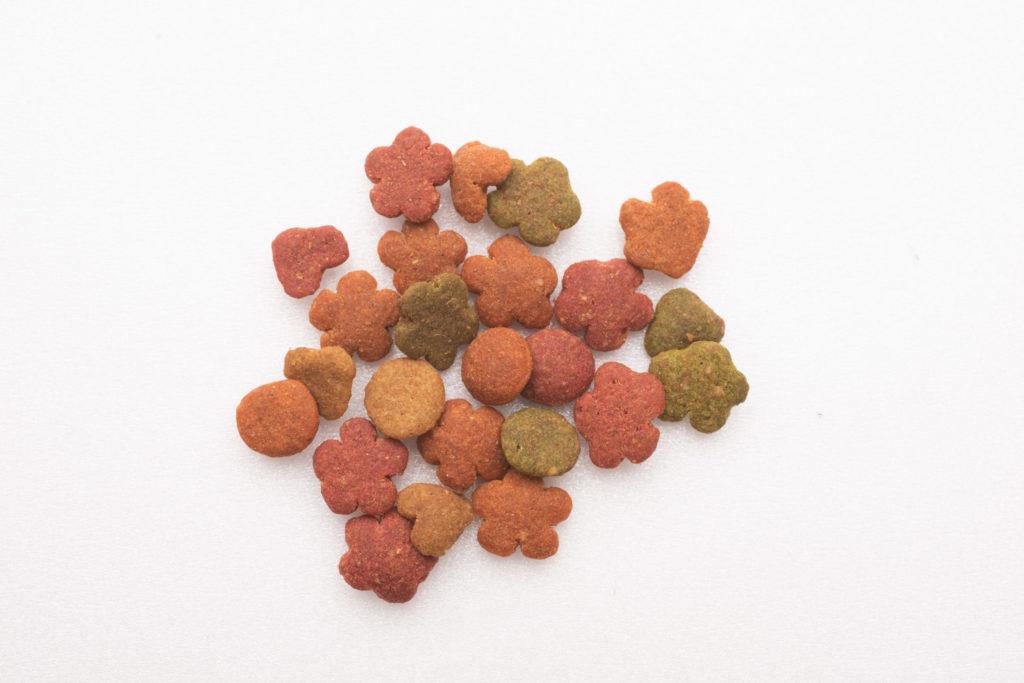 モンプチ毛玉ケア 5種のブレンドの粒