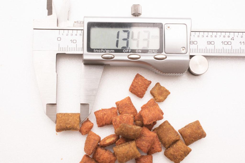 シーバDUO香りのまぐろ味セレクションのまぐろ・ほたて味の長さ測定