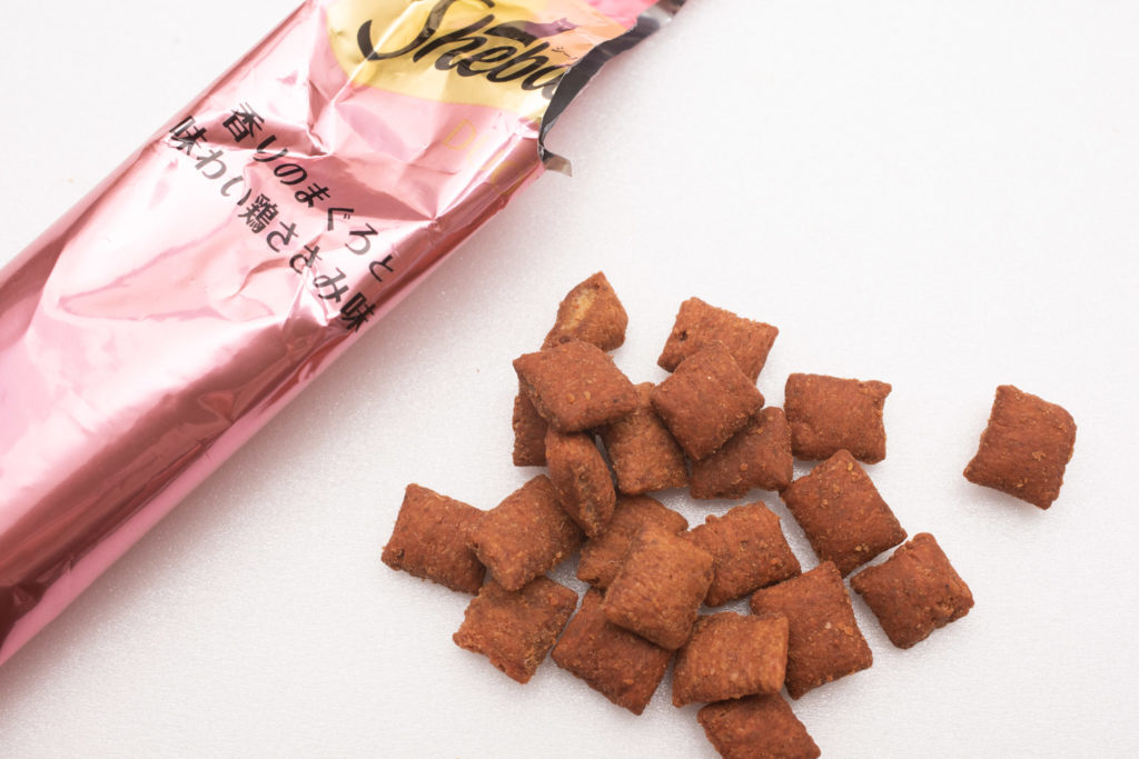シーバDUO香りのまぐろ味セレクションのまぐろ・ささみ味の粒
