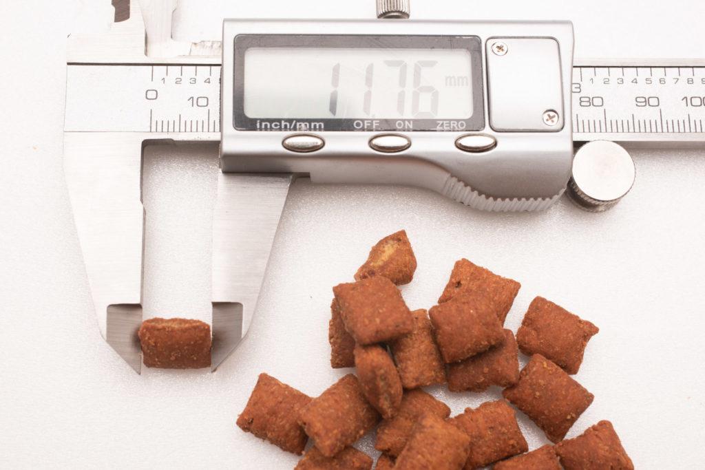 シーバDUO香りのまぐろ味セレクションのまぐろ・ささみ味の長さ測定