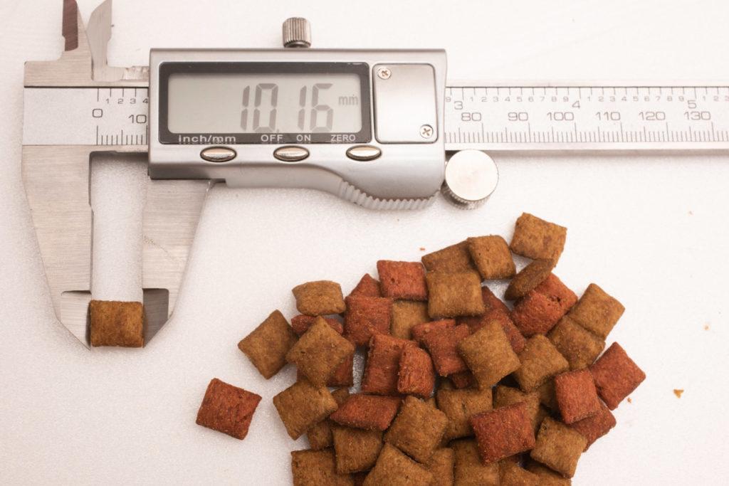 シーバDUO香りのまぐろと味わい鶏ささみ味の長さ測定