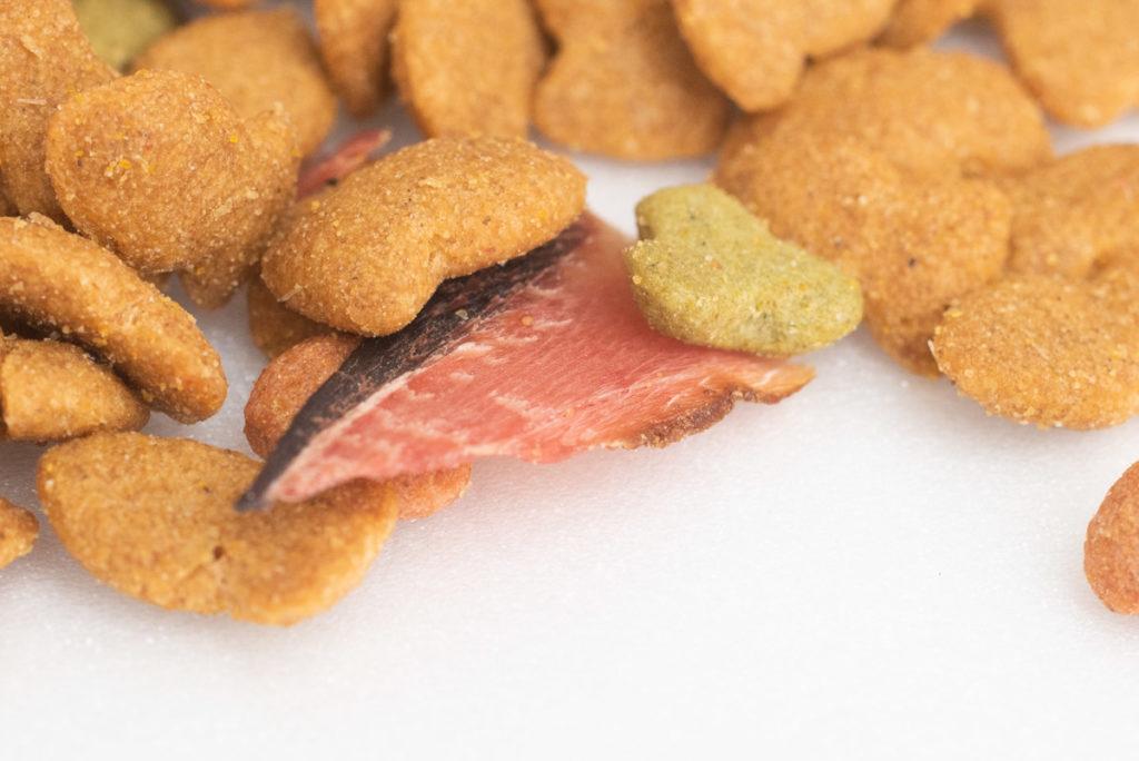 懐石2dishの小魚添えパックの魚