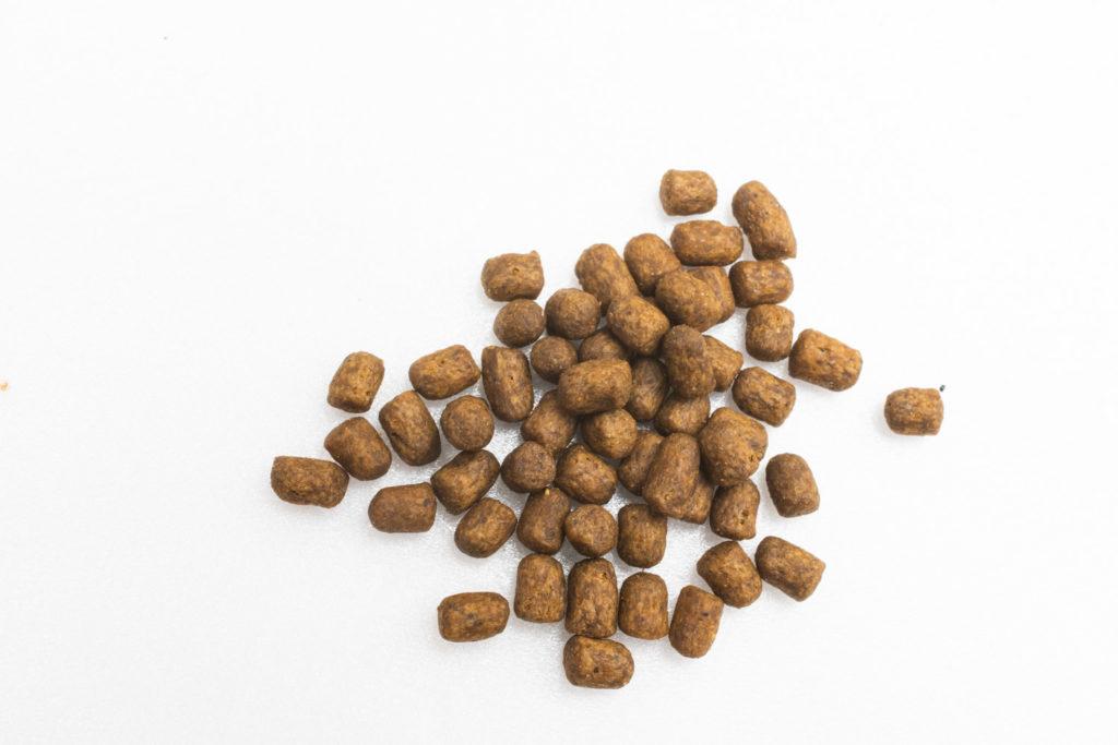 プレミアムキャットフード、モグニャンの粒の形