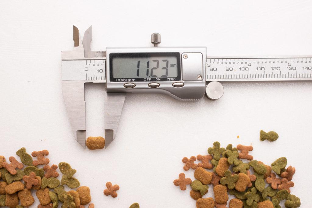 懐石zeppin5つのしあわせのカリカリ長さ測定